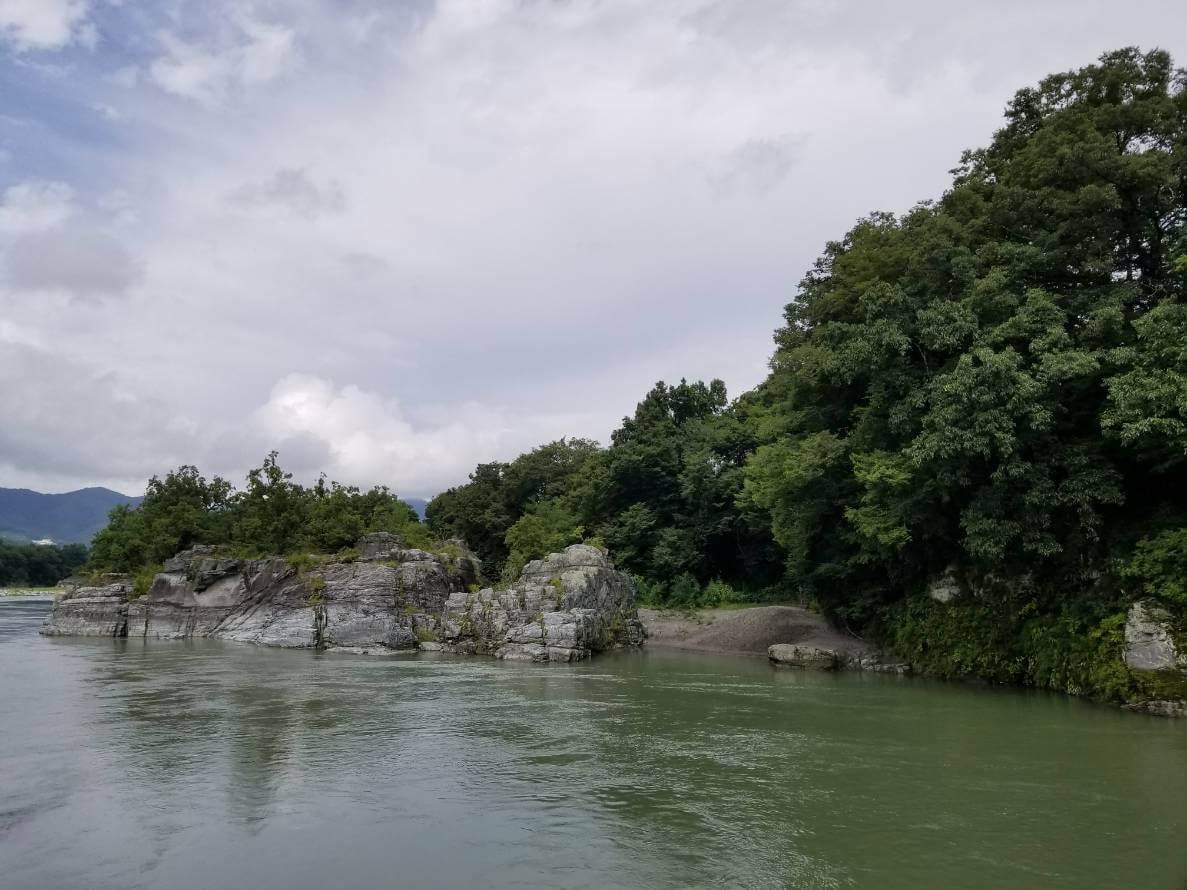 長瀞ライン下りをする川。荒川。