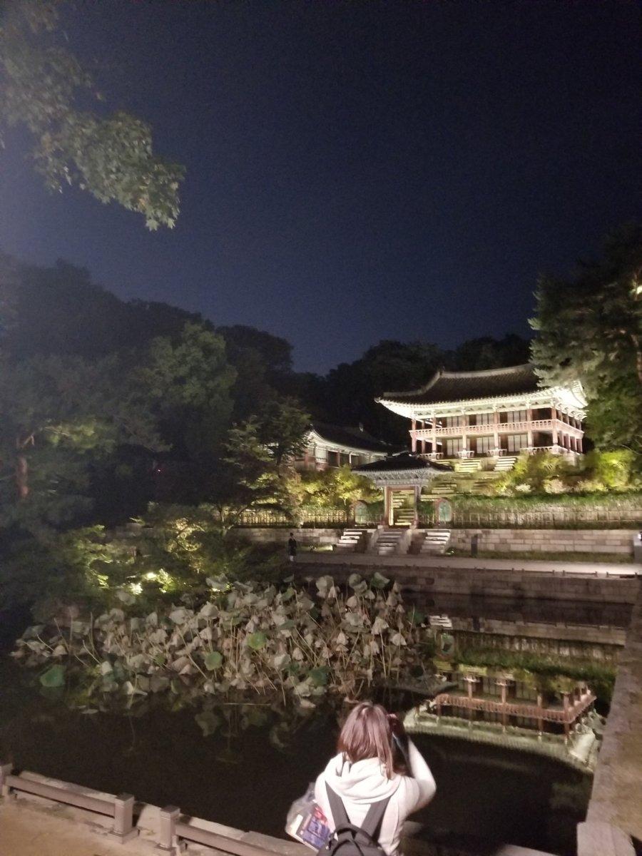 昌徳宮:芙蓉池(プヨンジ)