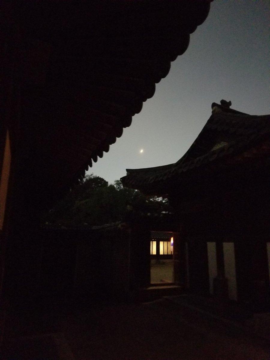 昌徳宮:月灯り紀行(朧月夜)