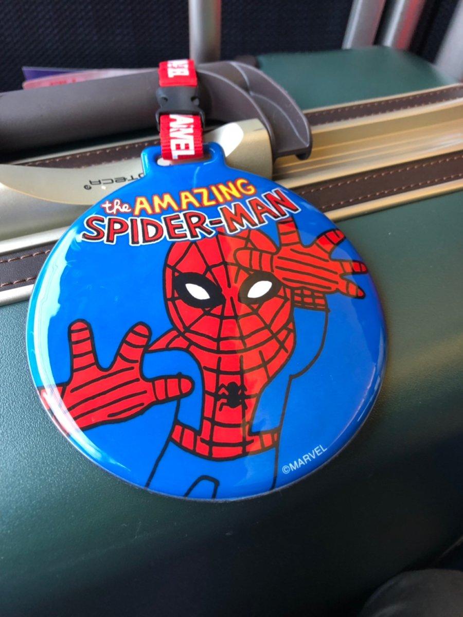 アメリカ出発の前の日、スパイダーマンのタグをゲット:WDW&UORアメリカ新婚旅行