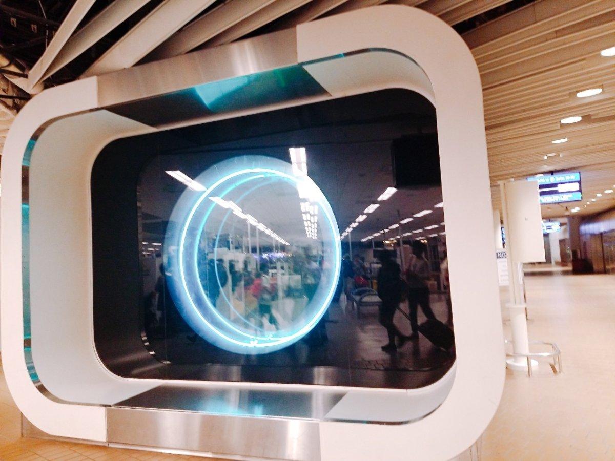 フロリダ空港シャトルトレインは近未来な乗り場:WDW&UORアメリカ新婚旅行