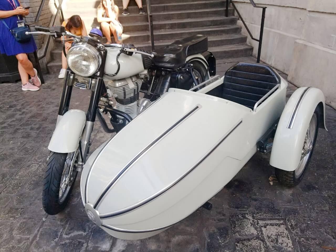 ハグリッドの魔法生物モーターバイクアドベンチャーに乗れなかったので…ハグリッドのバイクを撮影