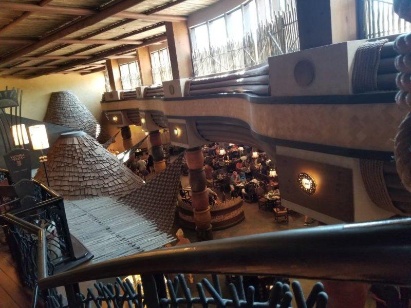 アニマルキングダム・ロッジ。アフリカンテイスト満載なホテルの内部