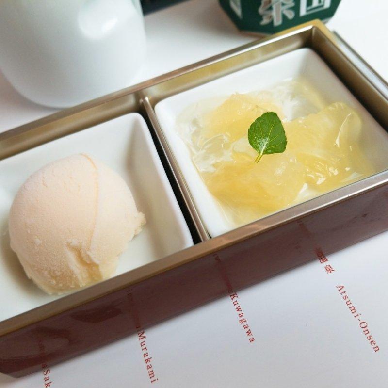 デザートのグレープフルーツゼリー&豆乳あいすくりーむ